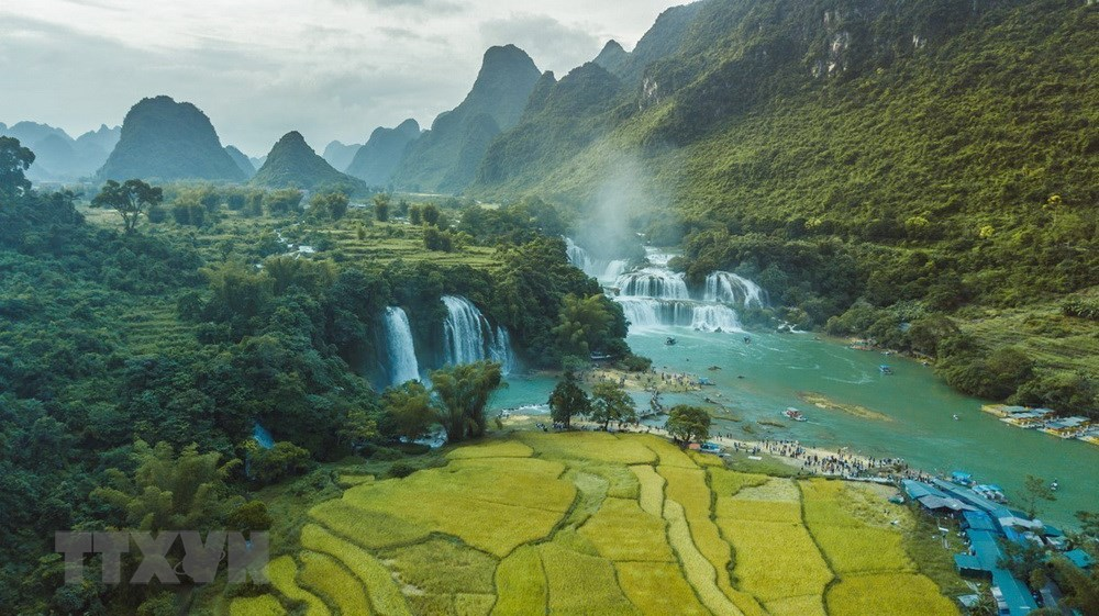 The Ban Gioc Waterfall in the geopark (Source: VNA)